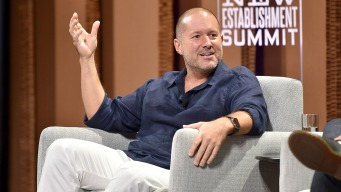 Apple's Chief Design Officer Jony Ive Is Leaving the Company