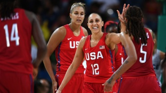 U.S. Women's Hoops Reaches Gold Medal Game