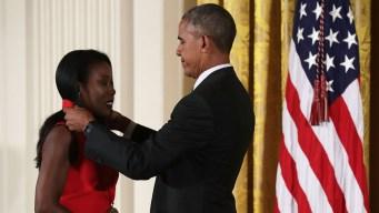 Obama Gives Out Medal of Arts Awards to Morgan Freeman