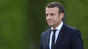 Macron Targets 'Make Our Planet Great Again' Site at US