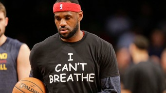 "LeBron, Nets Warm Up in ""I Can't Breathe"" Shirts"