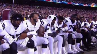 NFL Players Link Arms After Trump's Comments