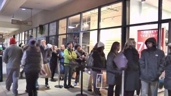 Shoppers up Early for Big Black Friday Bargains