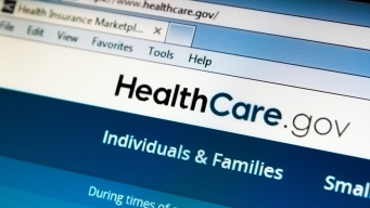 Obama Touts Health Care Law, Urges Young Adults to Sign Up