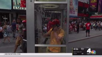 Touching Immigrant Stories Told Over Pay Phone in NYC