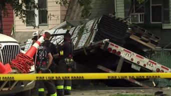 Tractor Trailer Crashes Into Staten Island Homes