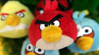 """Angry Birds"" to Release Earth Day Game Level"