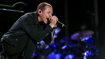 Linkin Park Frontman Chester Bennington Dies at 41
