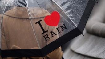 Hot and Humid Sunday, Heavy Rain Likely Overnight
