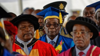 Mugabe Emerges From House Arrest Amid Pressure to Exit