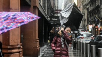 Nor'easter Grinds Tri-State to Halt, Kills at Least 1 in NY