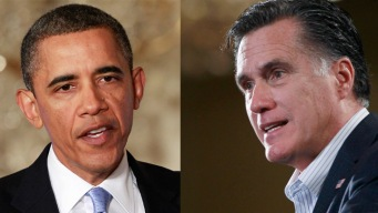 Obama, Romney Blitz Battlegrounds
