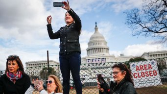 Southwest Flight Lights Go Pink for Women's March