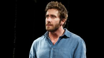 "Review: Gyllenhaal, Globe Winner Wilson Brighten Up ""Constellations"""