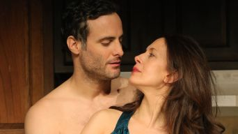 """Review: Sarah Ruhl's Sweet """"Kiss"""""""