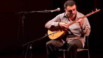 Turkish Folk Legend Debuts in NYC