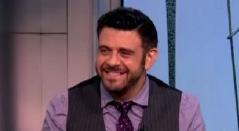 "Adam Richman on  ""Food Fighters"""
