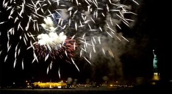 Macy's Fireworks to Light Up New York Sky