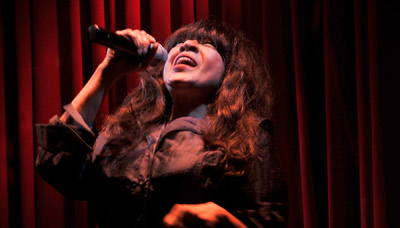 Ronnie Spector's Favorite Holiday Tunes