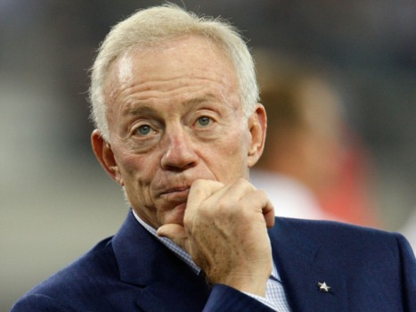 "Jerry Jones' ""Entourage"" Cameo Shows the Man's Got Chops"