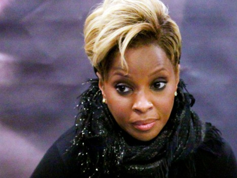 "Mary J. Blige Eying Role in ""Rock of Ages,"" Tom Cruise Still Pondering"