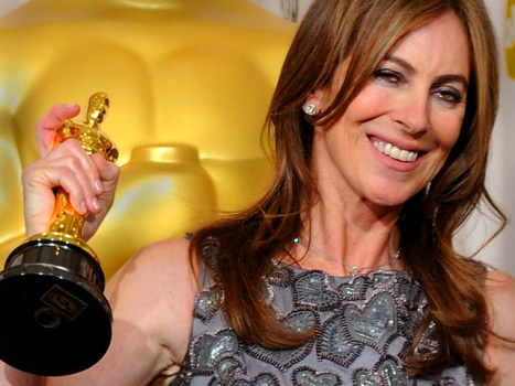 "Kathryn Bigelow Looking to Sneak in Thriller Before ""Triple Frontier"""