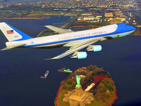 A Look at Trump's Air Force One Cost Claim