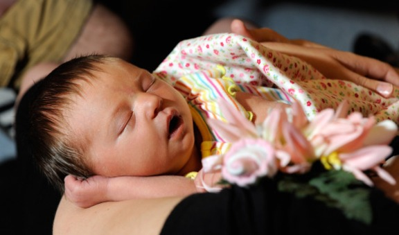 Should Women Be Forced To Breastfeed?