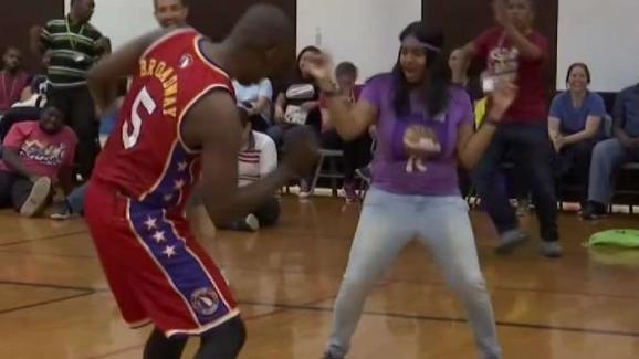 125e76026aa Harlem Wizards Entertain Bronx High School Students - NBC New York