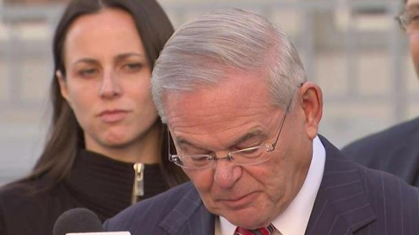 Mistrial Declared in Menendez Bribery Case After 2 Deadlocks