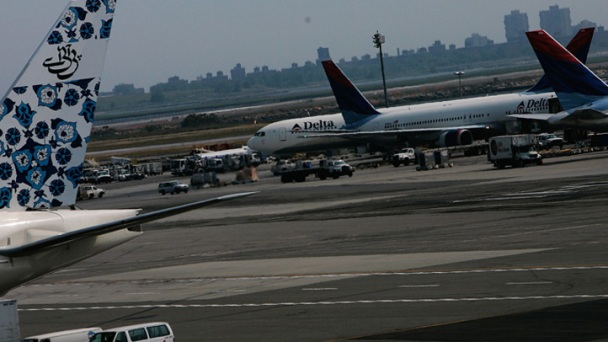 Trespasser 'Looking for A Train' Spotted on JFK Airport Taxiway: Sources