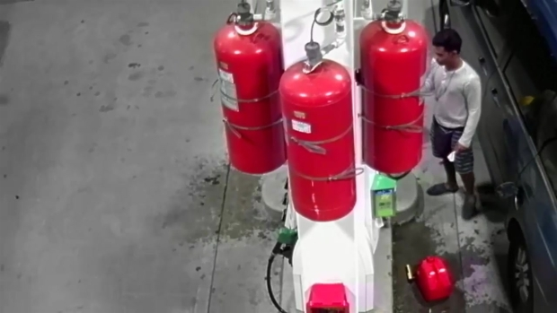 Man Fills Up Container, Then Torches Gas Station