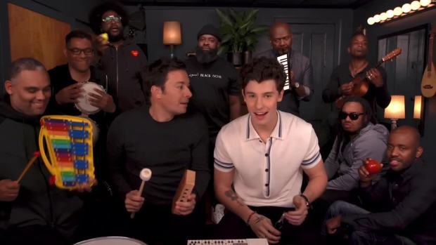 [NATL] 'Tonight': Shawn Mendes, Jimmy Fallon and The Roots Play 'Treat You Better' With Classroom Instruments
