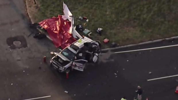 [NY] 2 Killed When Truck Hits SUV on NJ Roadway
