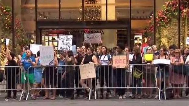 [NY] 34 Arrested in Midtown Protesting DACA End