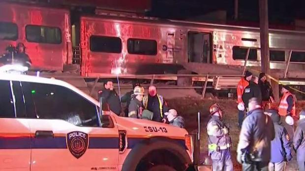 [NY] 3 Dead After LIRR Trains Hits Car Going Around Safety Gate