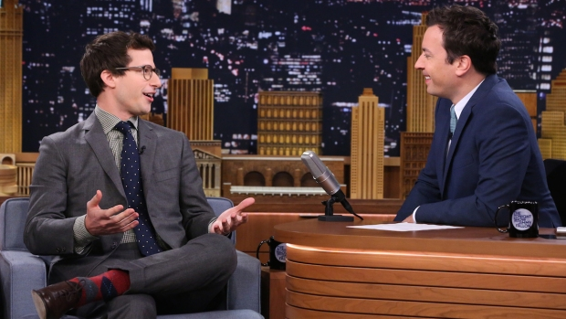 "[NATL] Fallon: ""5-Second Summaries"" With Andy Samberg"