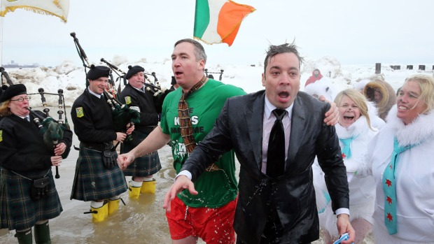 Fallon, Chicagoans Take Polar Plunge