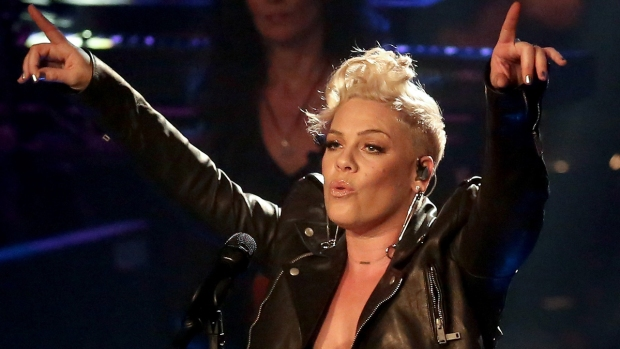 [NATL]Super Bowl Anthem Singers: From Whitney Houston to Pink