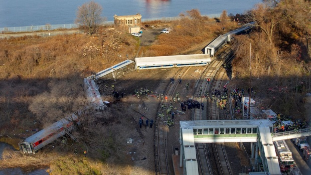 [NY] Investigation Underway Following Fatal Metro-North Derailment
