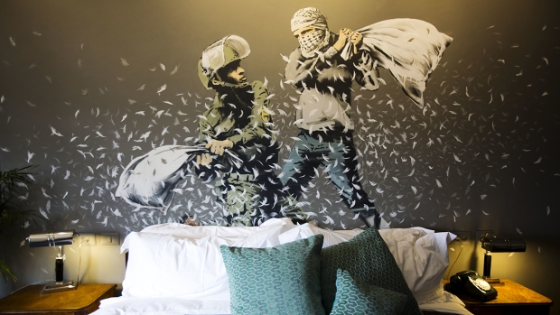[NATL]Banksy's Art Features in West Bank Hotel With World's 'Worst View'