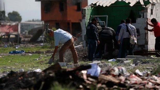 [NATL] Top News Photos: Explosions in Mexico Kill 2 Dozen, Injure Over 40