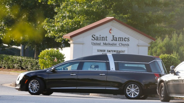 [NY] Hearse Arrives Carrying Bobbi Kristina Brown
