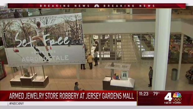 [NY] Armed Robbers Storm NJ Mall
