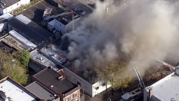 [NY] Chopper 4 Footage: NY Bakery Fire