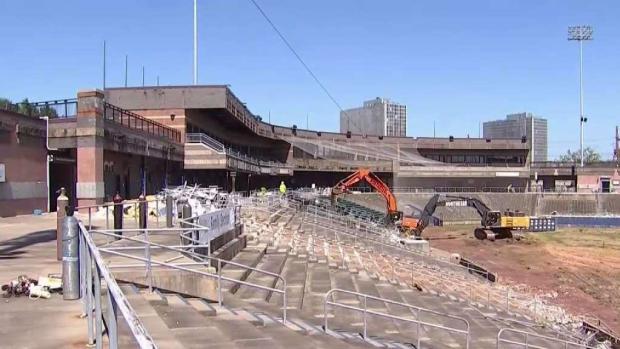 [NY] Bear Stadium Being Demolished in Newark
