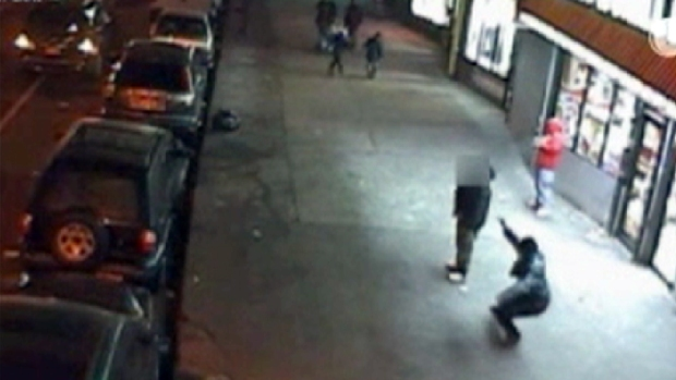 [NY] Surveillance Footage: Shooting in the Bronx
