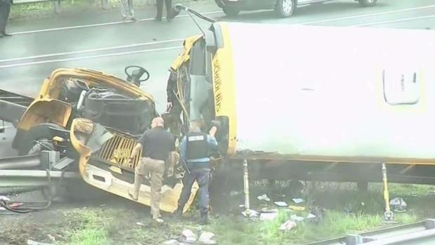 [NY] Bus Driver Was Attempting U-Turn Before Deadly Crash: Sources
