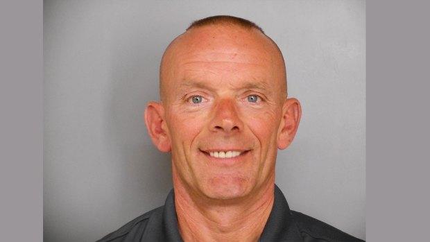 [NATL-CHI] Manhunt Continues Day After Fox Lake Officer Fatally Shot
