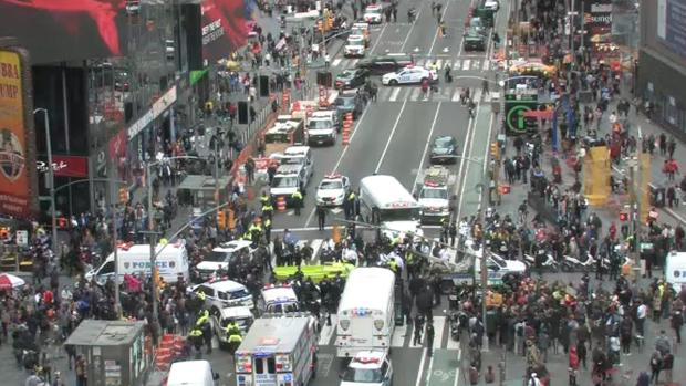 [NY] Climate Protesters Shut Down Traffic in Times Square
